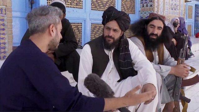 BBC muhabiri Secunder Kermani, Mezar-ı Şerif'e giderek Taliban mensuplarıyla konuştu