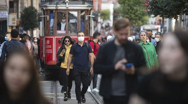 Prof. Dr. Özlü,Delta varyantına dikkat çekti: Toplumun yüzde 90'ı tam doz aşılanmalı